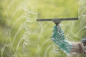 Clean Glass Without Streaks